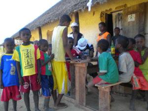 Madagascar 99 300x225 - Madagascar-99Madagascar 99 300x225 - Madagascar-99 - -