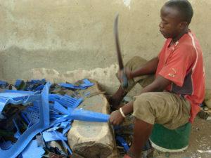 Senegal valoriz. rifiuti plastici 16 300x225 - Senegal-valoriz.-rifiuti-plastici-16Senegal valoriz. rifiuti plastici 16 300x225 - Senegal-valoriz.-rifiuti-plastici-16 - -
