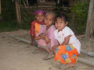 Thailandia 2 300x225 - Thailandia-2Thailandia 2 300x225 - Thailandia-2 - -