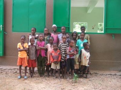 bambini esterno sala 960x300 1 - Malibambini esterno sala 960x300 1 - Mali - -