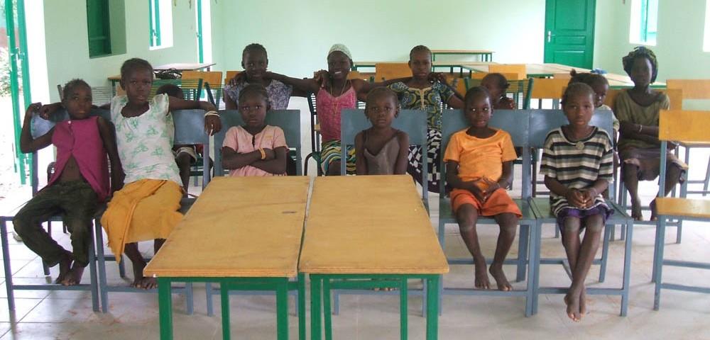 bambini interno sala due 1 1000x480 1 - Malibambini interno sala due 1 1000x480 1 - Mali - -