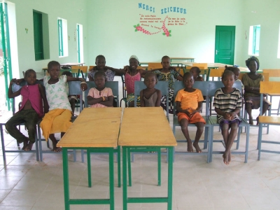 bambini interno sala due 960x300 1 - Malibambini interno sala due 960x300 1 - Mali - -