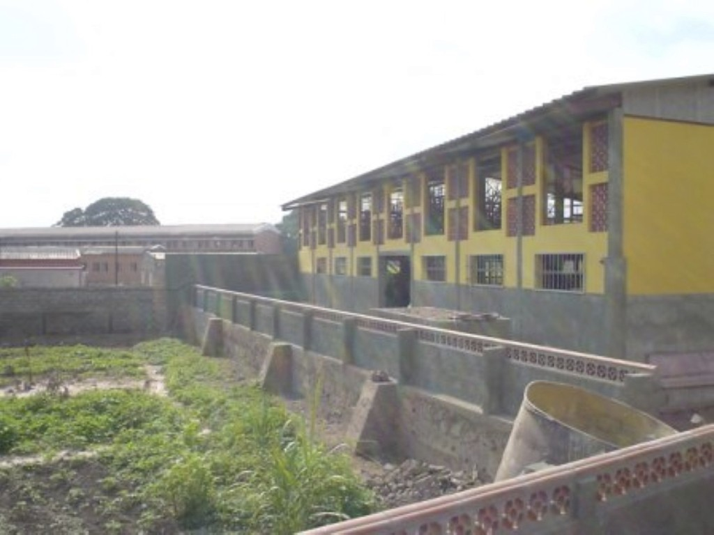 scuola prof.le DONDO 4 1024x768 1 - Angolascuola prof.le DONDO 4 1024x768 1 - Angola - -