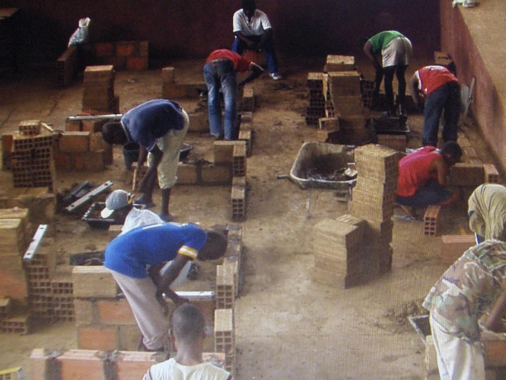scuola prof.le DONDO 9 1024x768 1 - Angolascuola prof.le DONDO 9 1024x768 1 - Angola - -
