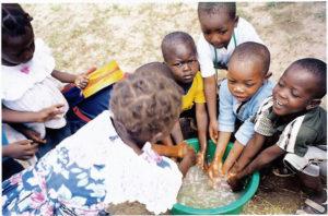 volti e sorrisi dal Mozambico 300x198 - volti-e-sorrisi-dal-Mozambicovolti e sorrisi dal Mozambico 300x198 - volti-e-sorrisi-dal-Mozambico - -